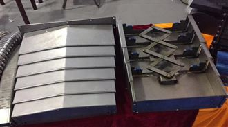 800 850E 1060台正850XYZ轴钢板防护罩
