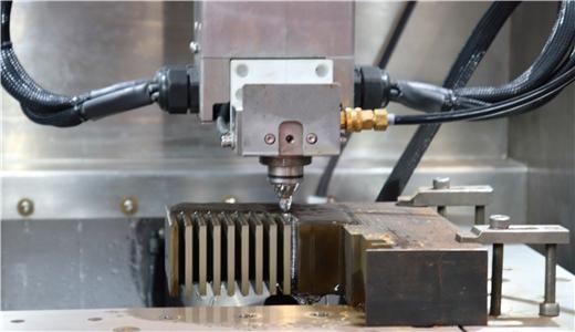 8月各金屬材料產量統計